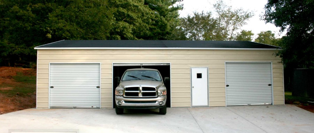 3 car garages. Black Bedroom Furniture Sets. Home Design Ideas